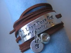 Image via Skye and Rylie-Not really and adorable animal but a cute bracelet. Seraphina: you need this.