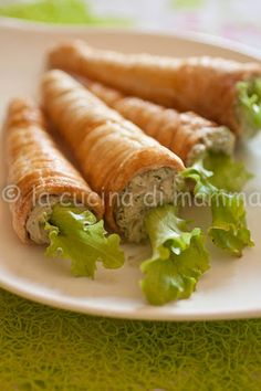 Carrots of pastry cream with rocket Entree Recipes, Appetizer Recipes, Cooking Recipes, Cute Food, Good Food, Yummy Food, Appetizer Buffet, Brunch, Best Party Food