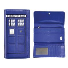 Doctor Who TARDIS Ladies Wallet Underground Toys http://www.amazon.com/dp/B00NNQTW02/ref=cm_sw_r_pi_dp_6EDZvb0H4W1W2