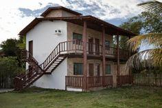 Casa com 5 suítes no sul da Bahia  à venda.