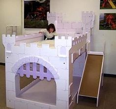 DIY Castle Bunk Beds! My girls will love it!