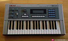 http://greatsynthesizers.com/wp/wp-content/uploads/2013/10/Akai-VX600-01.jpg