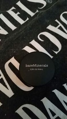 """Bare minerals foundation sample in """"fairly light"""" new and internally sealed"""