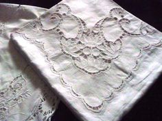 Online+veilinghuis+Catawiki:+Two+very+beautiful+old+tablecloths+with+Richelieu+embroidery+done+by+hand,+ca+1900/1920