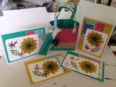 Handbag tote with 4 note cards