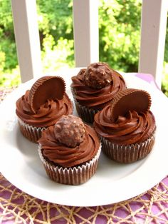 Wacky Candy Cupcakes: Ferrero Rocher and Reese's Cup @FoodBlogs