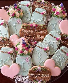 Ideas for rustic bridal shower desserts mason jars Wedding Shower Cookies, Bridal Shower Desserts, Bridal Shower Rustic, Wedding Desserts, Cookies For Wedding, Wedding Buffet Food, Wedding Reception Food, Wedding Favors, Food Buffet