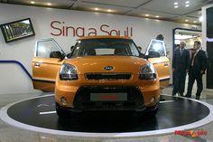 2014 Kia Soul cocktail orange front. Call 360-888-4095 ext. 115 Lorelei Fleming Hanson Motors