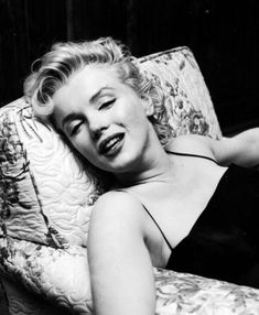 """""""Marilyn Monroe at a press conference in 1956 © Earl Leaf ..."""