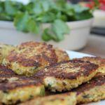 Kukkakaalipihvit Veggie Recipes, Cooking Recipes, Healthy Recipes, Veggie Food, Healthy Food, My Favorite Food, Favorite Recipes, Food Challenge, Plant Based Diet