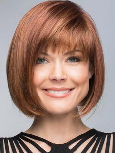 """It can not be repeated enough, bob is one of the most versatile looks ever. We wear with style the French """"bob"""", a classic that gives your appearance a little je-ne-sais-quoi. Here is """"bob"""" Despite its unpretentious… Continue Reading → Blonde Bob Haircut, Bob Haircut With Bangs, Lob Haircut, Hair Bangs, Hair Updo, Blonde Bob With Bangs, Classic Bob Haircut, Bob Hairstyles For Fine Hair, Layered Bob Hairstyles"""