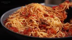 Who says you have to be a little old Italian lady slaving for hours in a hot kitchen to make a great spaghetti with meat sauce? Italian Lady, Italian Women, Spaghetti Meat Sauce, Dishes, Hot, Ethnic Recipes, Kitchen, Cooking, Flatware