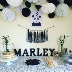 Black and white panda birthday party! See more party ideas at CatchMyParty.com!