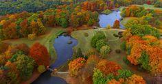 Foto tirada por drone mostra o parque de Muskau, ao leste da Alemanha, tomado pelo outono. O parque foi declarado patrimônio da humanidade pela Unesco