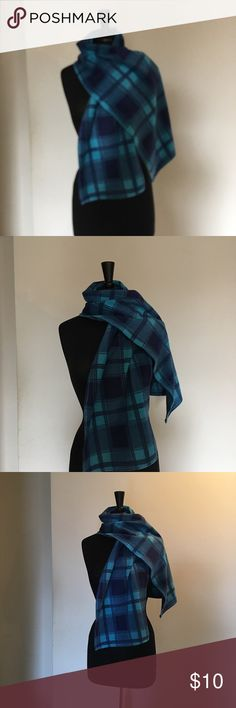 Women's Stylish Winter Blanket Scarf/ Brand New 🧣 This stylish scarf is very soft , comfortable, and warm for winter time, you can set this scarf with black, light &  dark blue, and white winter coats or hats 🧥, this is on the huge moving sale🕶🧣👕👛👜👚👠👢💍👗 Accessories Scarves & Wraps