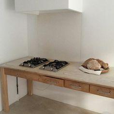 Amazing hob and kitchen furniture Interior Desing, Interior Inspiration, Interior Architecture, Bulthaup Kitchen, Cocinas Kitchen, Kitchen Furniture, Kitchen Interior, Kitchen Decor, Rustic Kitchen