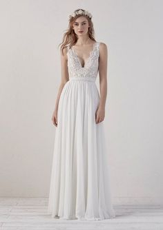found at Happy bridal wear elegant wedding dress elegant wedding dress pronovias lace lace dress noble elegant flowing back neckline Pronovias Wedding Dress, Elegant Wedding Dress, Elegant Dresses, Vintage Dresses, Bridal Gowns, Wedding Gowns, Wedding Shoes, Pregnant Wedding, Maternity Wedding
