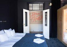 Hotel in Warschau met koperen touch