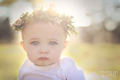loved this flower crown for a one-year old!  <3  @morgangaunttphotography #morgangaunttphotography www.morgangauntt.com