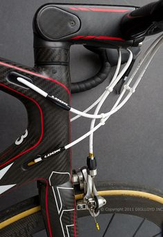 Look 695 SR carbon fiber road bike