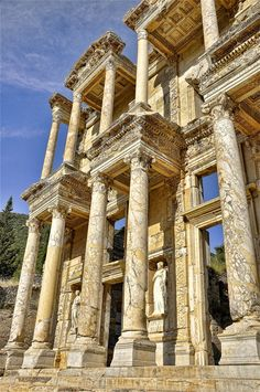 Library of Celsus in Ephesus, Izmir, #Turkey #architecture