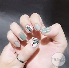 Image in nails collection by on We Heart It Korean Nail Art, Korean Nails, Cute Nail Art, Cute Nails, Hair And Nails, My Nails, Minimalist Nails, Flower Nails, Simple Nails