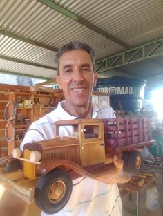 Wood Toys Plans, Wooden Truck, Woodworking Shop, Wooden Toys, Kids Toys, Ford, Decor, Wooden Toy Trucks, Wooden Car