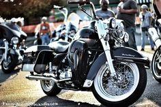 Great shot of a Harley Davidson Road King.