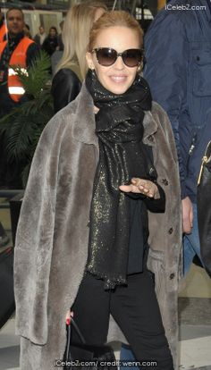 Kylie Minogue arriving at Gare du Nord pictures Kylie Minogue, Html, Photo Galleries, Celebrity, Pictures, Fashion, Moda, Photos, Photo Illustration