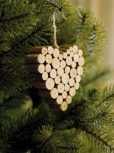 simple heart ornament  I bet you could do it with wine corks too...the red tint would look excellent!! :)