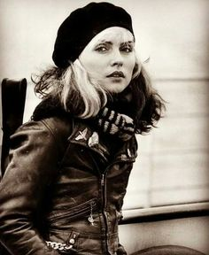 Bilder i Syd Estilo Rock, Blondie Debbie Harry, Shannen Doherty, Mode Vintage, Vintage Hats, Celebs, Celebrities, Vintage Hollywood, Blondies