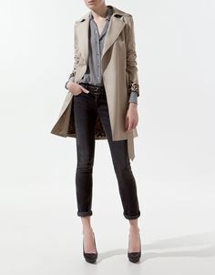 trench coat with contrasting lining
