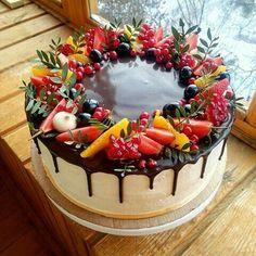hardika ek batt bolo if u want to go go i'll wait because honestly i just want u Cake Decorated With Fruit, Fresh Fruit Cake, Cake Recipes, Dessert Recipes, Cool Birthday Cakes, Fruit Birthday, Dessert Decoration, Drip Cakes, Pretty Cakes