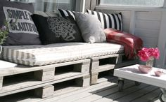 patio furniture made of old pallets. I really want a comfy spot to read outside. This might be it!