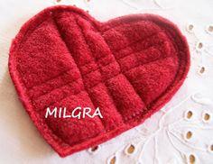 MILGRA Pot Holders, Diy, Hot Pads, Bricolage, Potholders, Do It Yourself, Homemade, Diys, Crafting