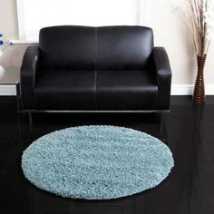 Your living room will enliven once you decorate it with Ultimate Comfort Duckegg Circle Rug offered by Ultimate Rugs. Polypropylene made this rug is easy to maintain thanks to its stain-resistant, anti-fade and durable fibres. Circular Rugs, Hall Runner, Circle Rug, Round Rugs, Living Spaces, Living Room, Shaggy, Modern, Egg