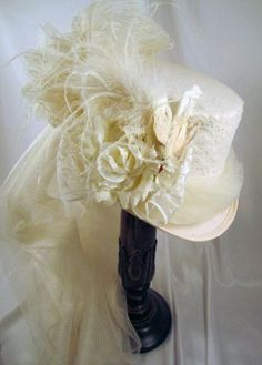Ivory Bridal Riding Hat with Ivory Tulle, Bird & Netting - Bridal Hat - Wedding hat - Bride - Bridal Wedding Hat Wedding Top Hat, Geek Wedding, Wedding Ideas, Steampunk Hut, Steampunk Wedding Dress, Bird Netting, Victorian Hats, Riding Hats, Bridal Hat