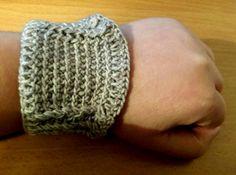 crochet steampunk armband