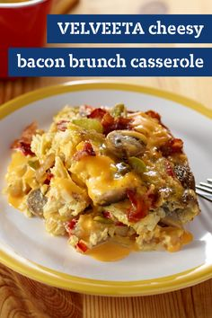 VELVEETA Cheesy Bacon Brunch Casserole – Bacon, eggs, and hash browns topped with melty VELVEETA cheese—its everything you want in a brunch recipe in one delicious casserole. Best Breakfast Casserole, Brunch Casserole, Breakfast Dishes, Breakfast Time, Casserole Recipes, Breakfast Recipes, Top Recipes, Brunch Recipes, Kraft Recipes