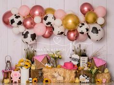 1st Birthday Party For Girls, Cowgirl Birthday, Birthday Ideas, Farm Animal Birthday, Farm Birthday, Barnyard Party, Farm Party, Cow Baby Showers, First Birthdays