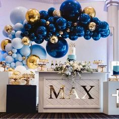 These metallic blues are just WOW 💙 From Pastel to Primary Blue Balloons Mariana C Figueroa ( Boy Baby Shower Themes, Baby Shower Balloons, Baby Boy Shower, Birthday Party Decorations, Baby Shower Decorations, Birthday Parties, Christening Party Decorations, Christening Themes, Balloon Decorations Party
