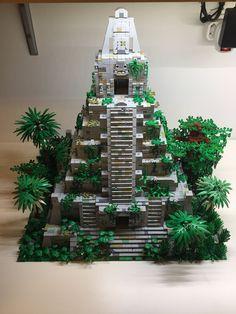 Maya temple - - Like - Haar Design Lego Design, Lego Robot, Lego Duplo, Legos, Maya Tempel, Casa Lego, Thai Tattoo, Lego Universe, Lego Sculptures