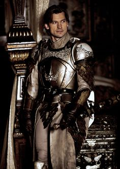 of Thrones: Jaime Lannister (kings guard).any excuse to pin him!Game of Thrones: Jaime Lannister (kings guard).any excuse to pin him! Winter Is Here, Winter Is Coming, Game Of Thrones Jaime, Game Of Trone, Mejores Series Tv, Casterly Rock, Game Of Thrones Costumes, Daenerys Targaryen, Cersei Lannister