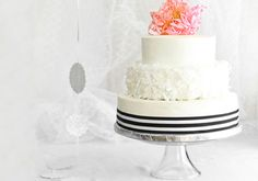 How to Make Your Own Wedding Cake | The Etsy Blog