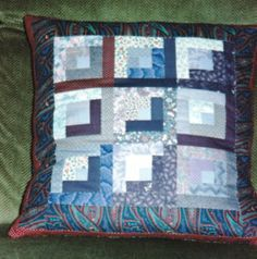Kissen violett Quilts, Blanket, Bed, Home, Pillows, Stream Bed, Quilt Sets, Ad Home, Blankets