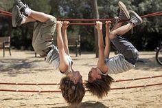 Kinder zu Vertrauen und Selbstständigkeit erziehen