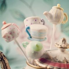 I want these for my next birthday! #obsessedwithteacupsandpots