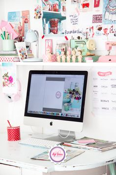 Spot those dots amd that cozy space! Workspace Inspiration, Interior Inspiration, Room Inspiration, Office Setup, Office Workspace, Home Office Design, Home Office Decor, Sonny Angel, Office Makeover