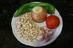 Buena cocina mediterranea: Potaje de alubias blancas con chorizo