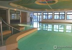 ARTIS HOTEL SEMMERING  This hotel is very reasonably priced and Semmering is the ski resort closest to Vienna (max 45 mins away). Highly recommended. PL 06/09  EUR 72.54  Meer informatie  #vakantie http://vakantienaar.eu - http://facebook.com/vakantienaar.eu - https://start.me/p/VRobeo/vakantie-pagina